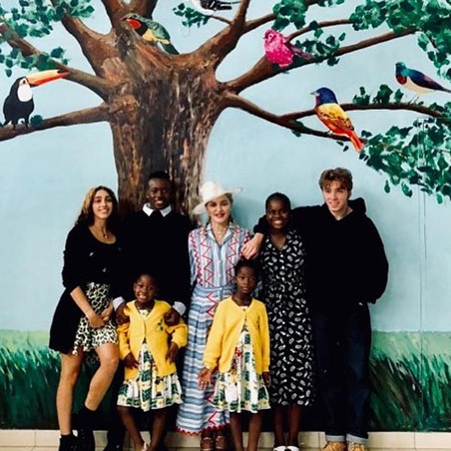 Madonna y sus hijos