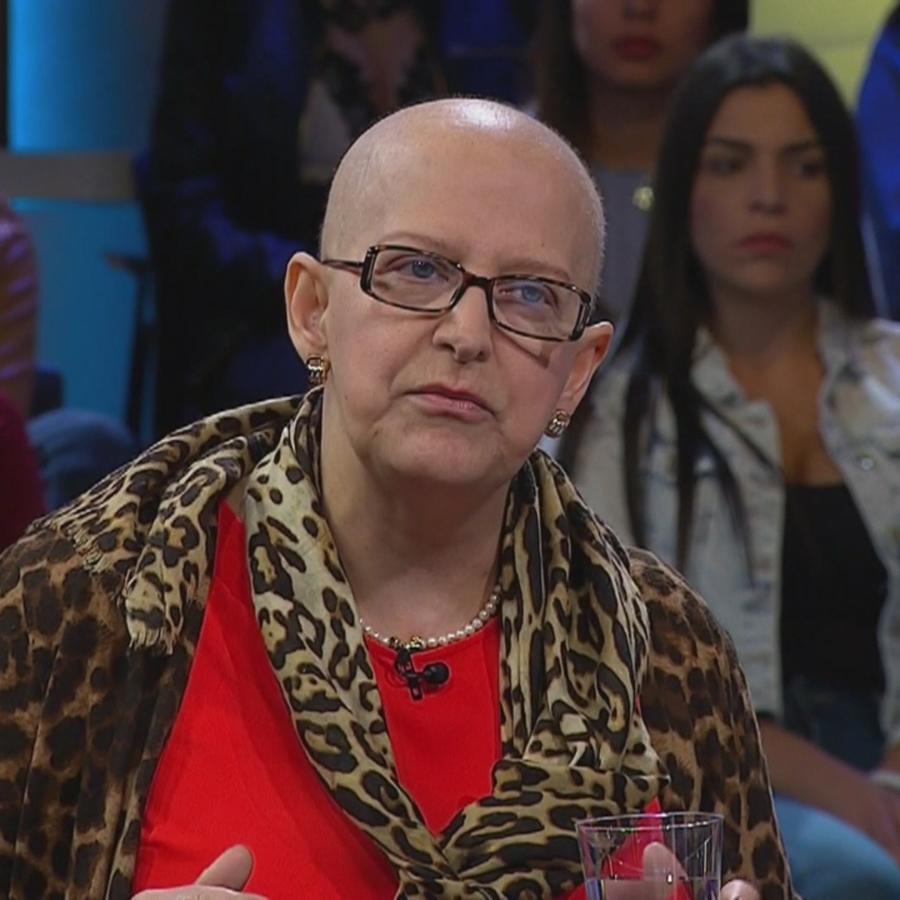 Tengo cáncer terminal y quiero viajar por el mundo