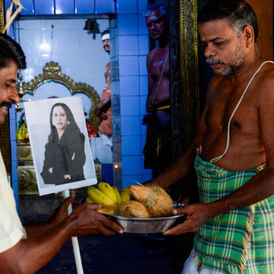 Celebran a Kamala Harris en La India con un acto ceremonial tradicional en el Día de la Inauguración