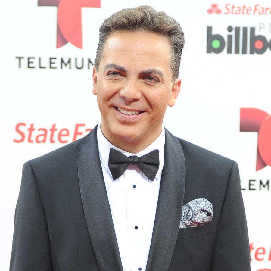 Cristian Castro asiste a los Billboard Latin Music Awards 2014 en el Bank United Center.