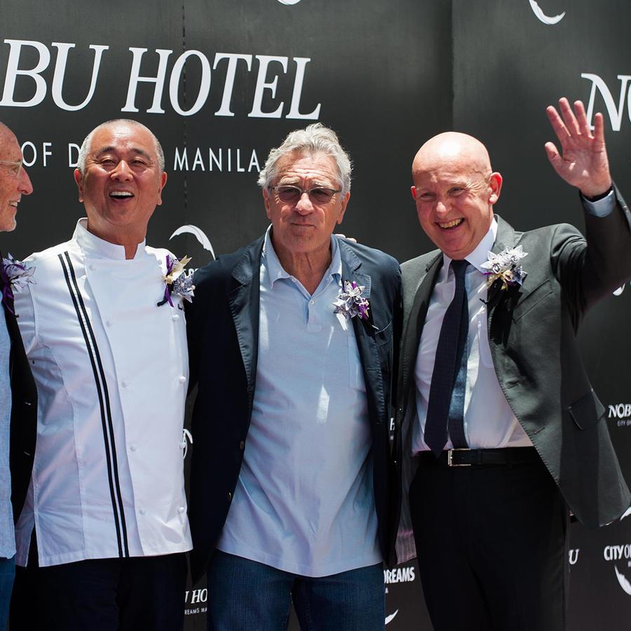 Meir Teper,  Nobu Matsushita,  Robert De Niro y Trevor Horwell.