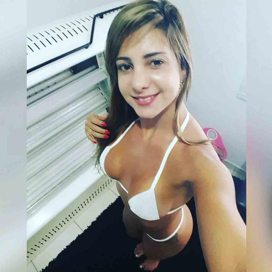 Raquel Santos, modelo brasilera