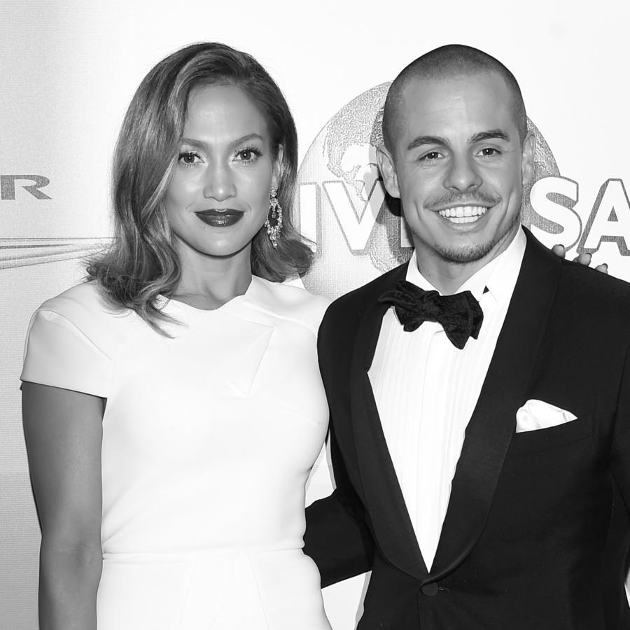 Jennifer Lopez y Casper Smart en un evento 2016