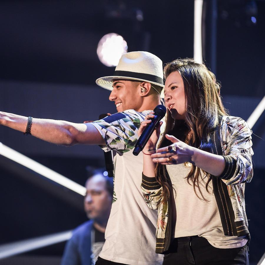 Jesse & Joy en los ensayos de Premios Billboard 2016