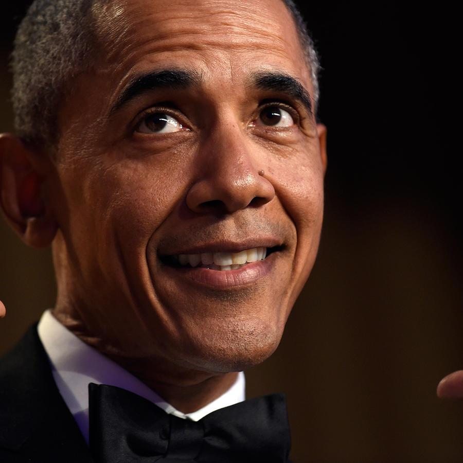 El presidente de Estados Unidos, Barack Obama, habla durante la cena anual de Corresponsales de la Casa Blanca, en el Washington Hilton, en Washington, el sábado 30 de abril de 2016.