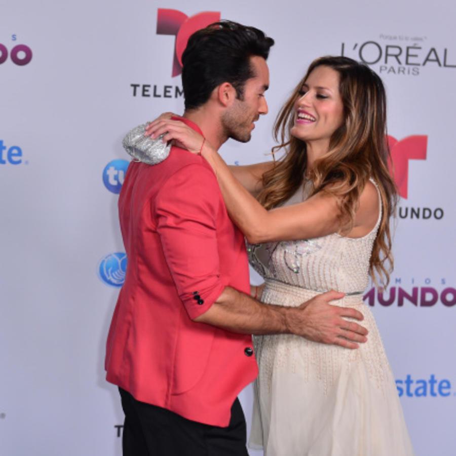Aaron Diaz and Lola Ponce at Telemundo's Premios Tu Mundo Awards 2014