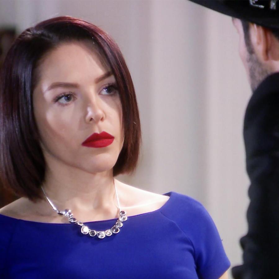 Erika de la Rosa recibe una visita de Aristóbulo Cepeda en Eva la Trailera
