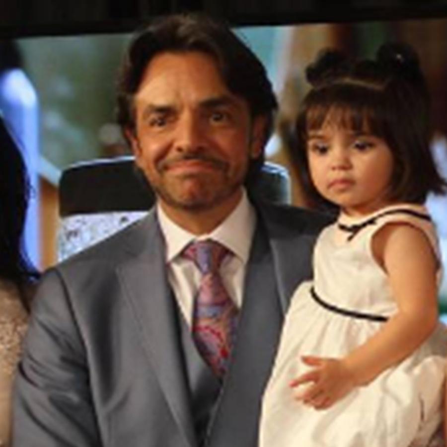 """Eugenio Derbez dice que está """"fascinado"""" con su hija Aitana"""