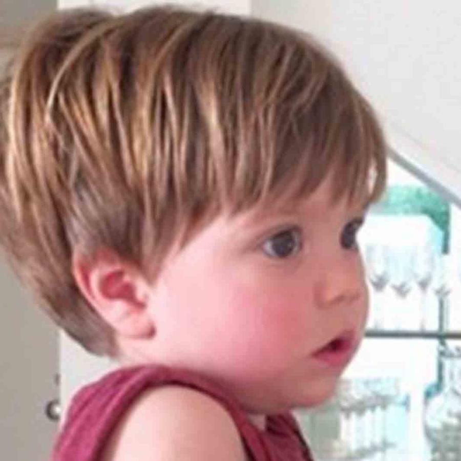 Shakira comparte foto y muestra el parecido entre su hijo Sasha y Piqué