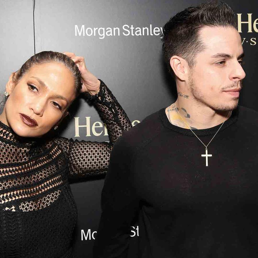 "Jennifer Lopez y Casper Smart en la fiesta de Lin Manuel Miranda de su obra ""Hamilton"""