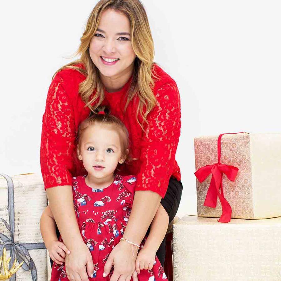 Adamari López y Alaïa en navidad