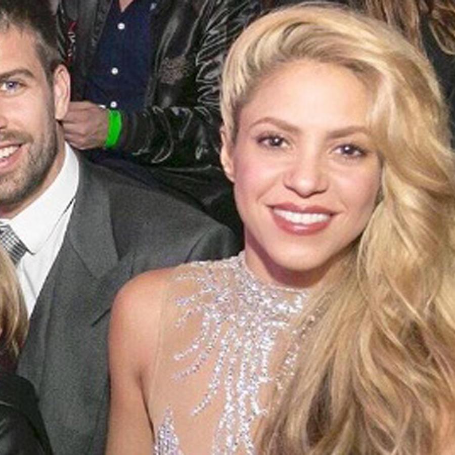 Shakira, Piqué, Sasha y Milan en Los 40 España