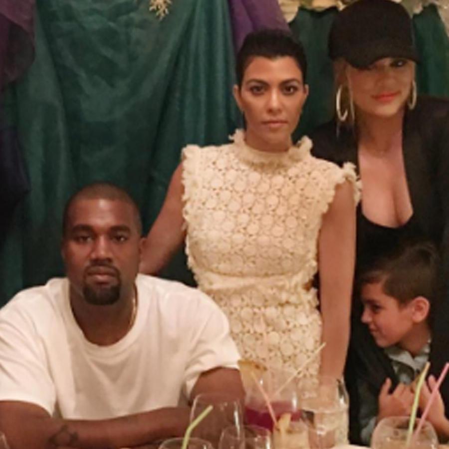 Kanye West con Kim, Kourtney y Khloé Kardashian