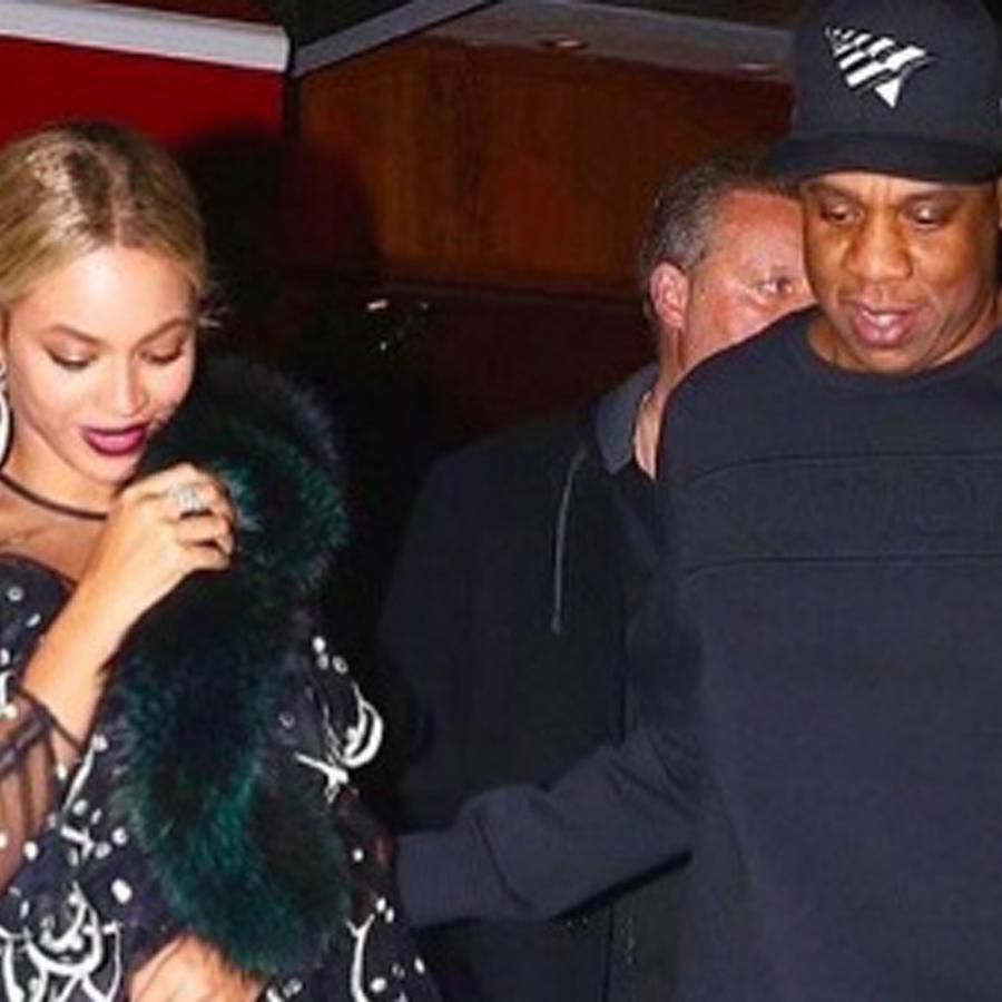 Beyoncé y Jay Z caminando juntos