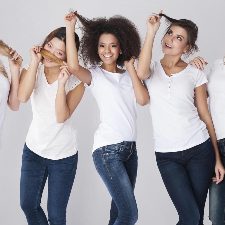 Mujeres con diferentes tipos de cabello