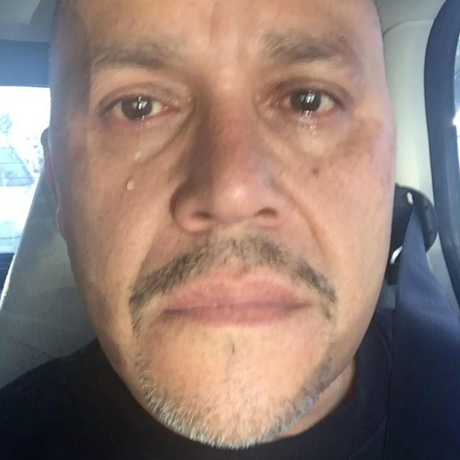 El hermano de Jenni Rivera, Pedro, estalla en llanto