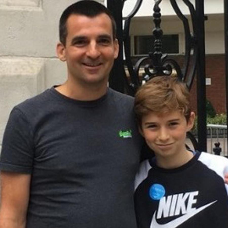 Nick Herbert con su hijo Ben