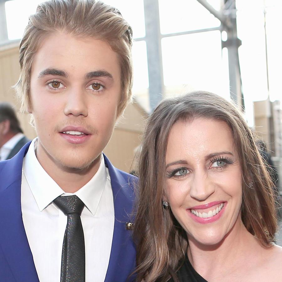 Justin Bieber y su mamá