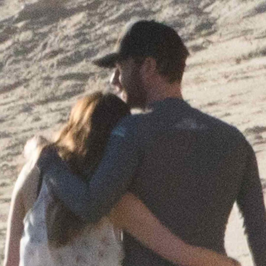 Chris Martin and Dakota Johnson Hold Hands During Date Night