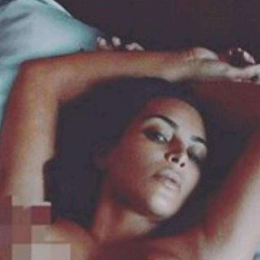 Kim Kardashian desnuda