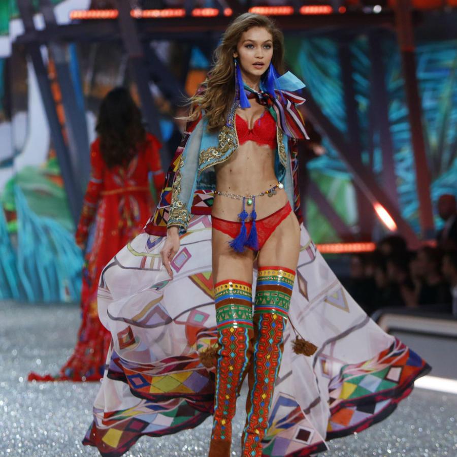 Gigi Hadid en el desfile de Victoria's Secret
