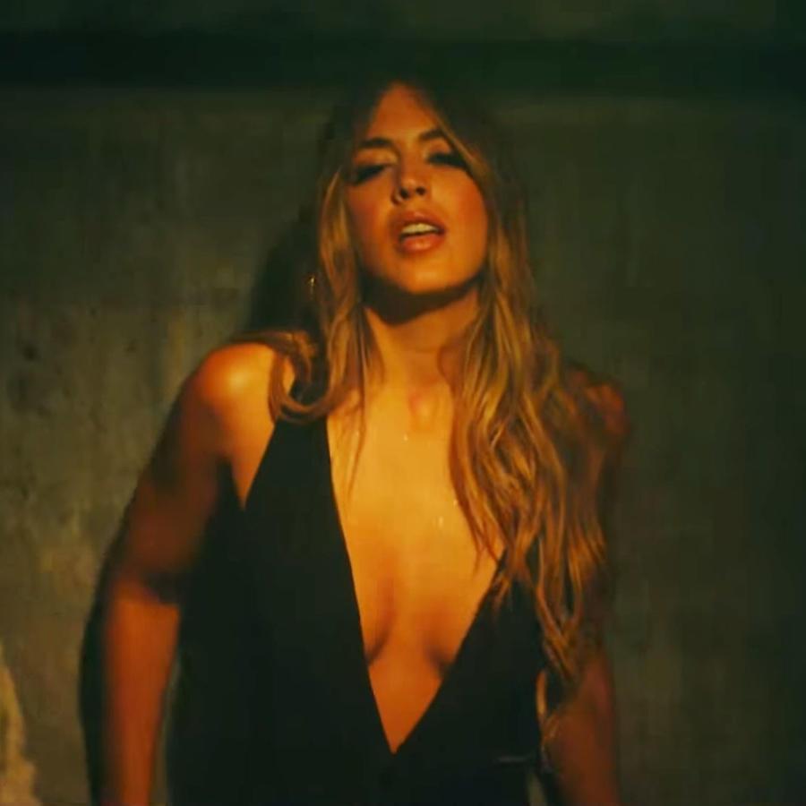 """Shannon de Lima en el video de """"La Player"""""""