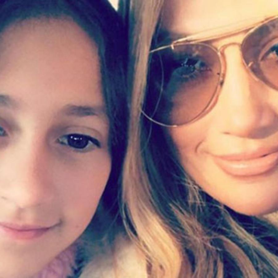 Jennifer López aconseja a su hija Emme sobre la belleza