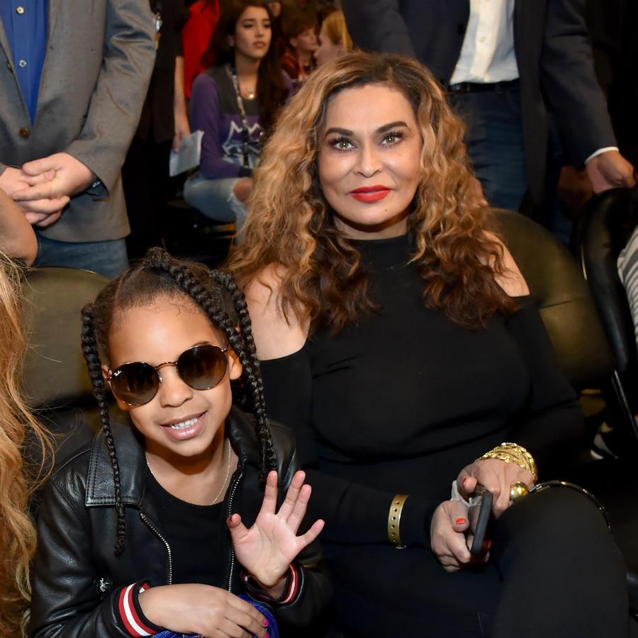 Beyoncé con su hija y su mamá