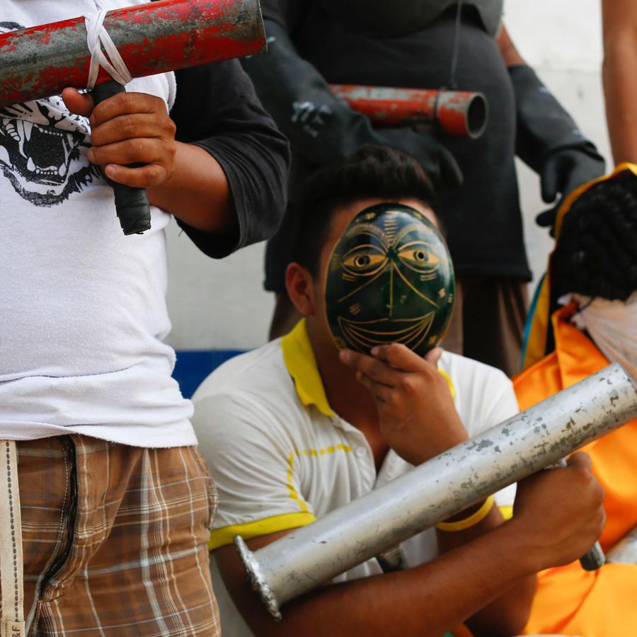 Indígenas armados con bombas caseras protestan contra el gobierno de Daniel Ortega