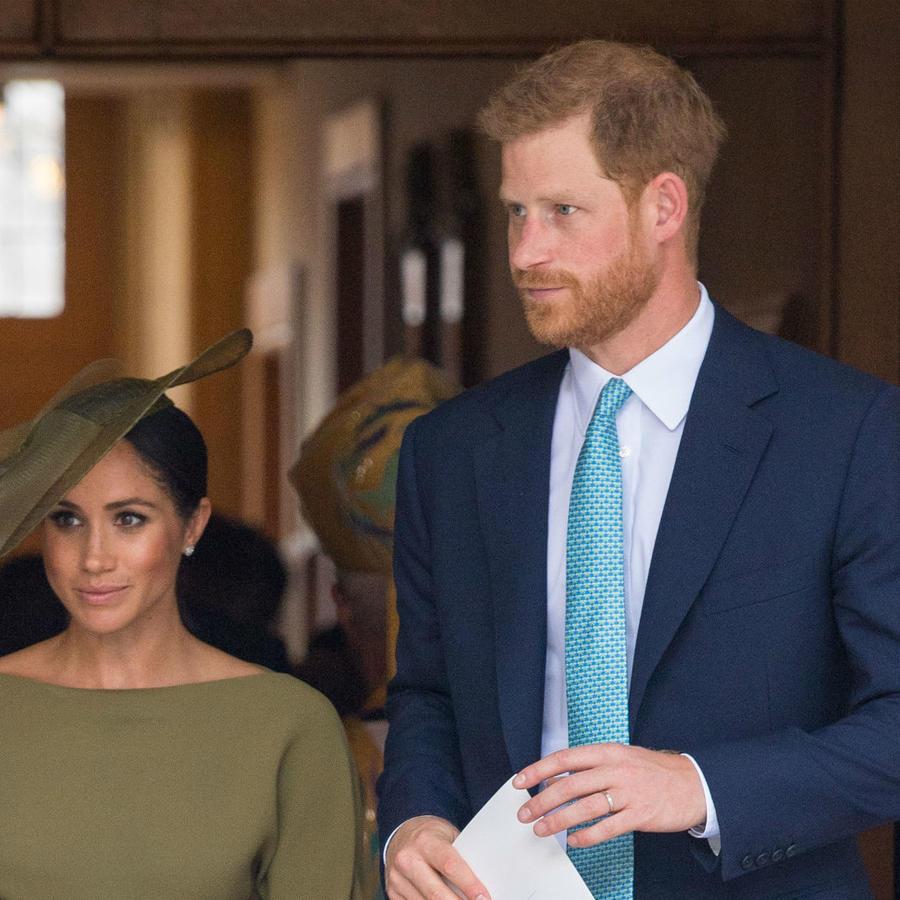 El príncipe Harry y Meghan Markle en el bautizo del príncipe Louis
