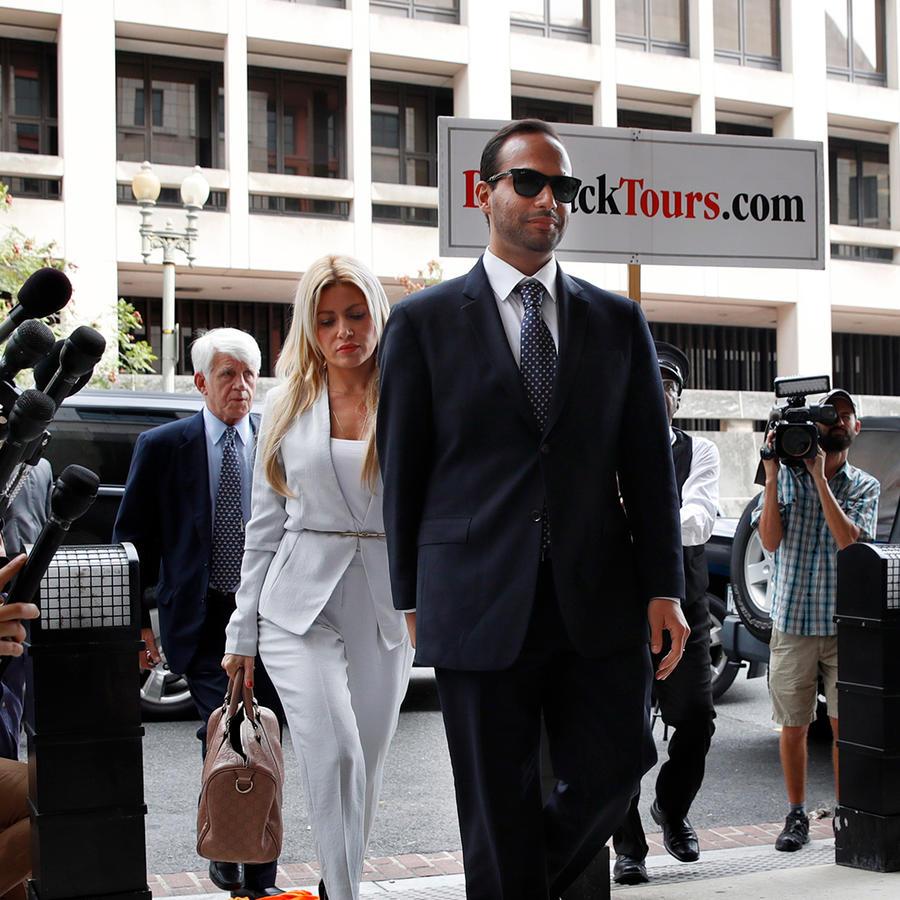 George Papadopoulos llega a la corte para su sentencia el 7 de septiembre de 2018