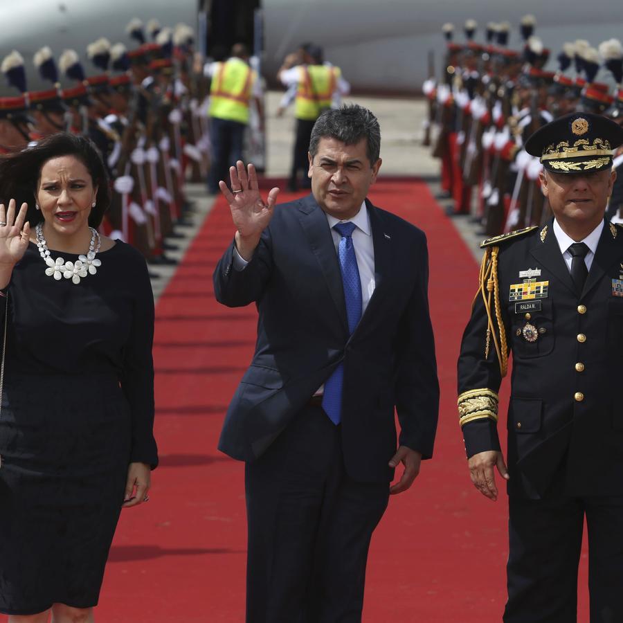 Juan Orlando Hernández, presidente de Honduras y su esposa, Ana Rosalinda García