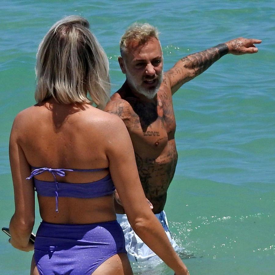 Gianluca Vacchi con una misteriosa mujer