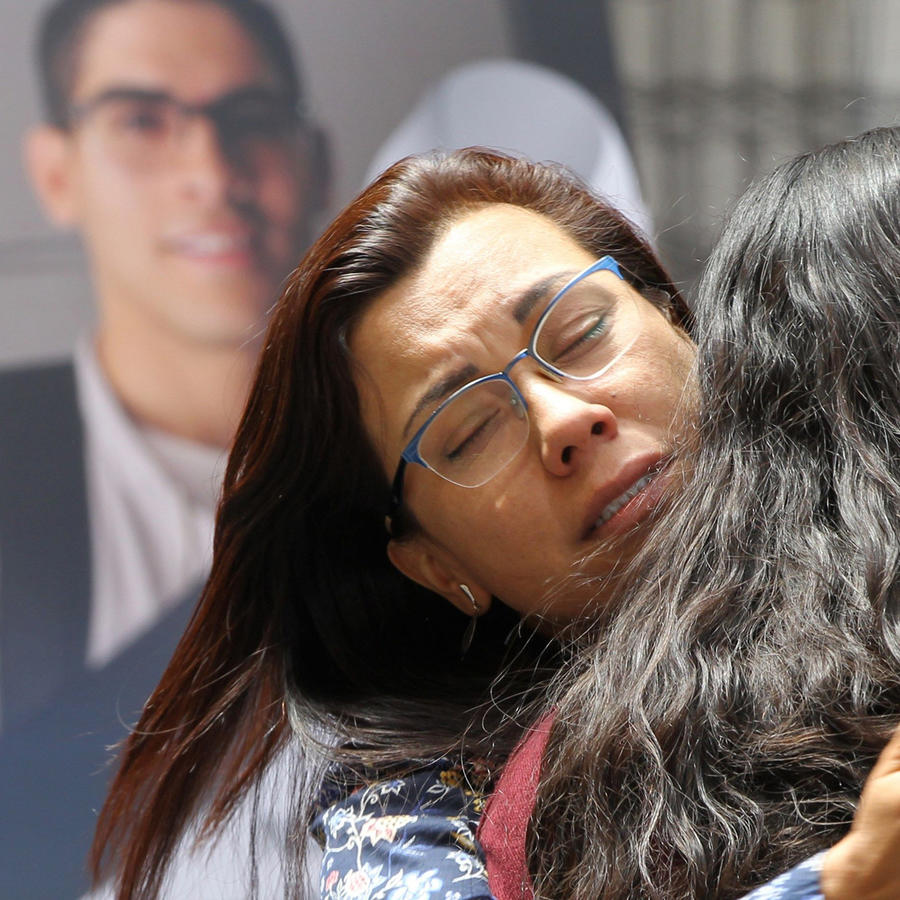 Sepelio por estudiante universitario Norberto Ronquillo asesinado en México