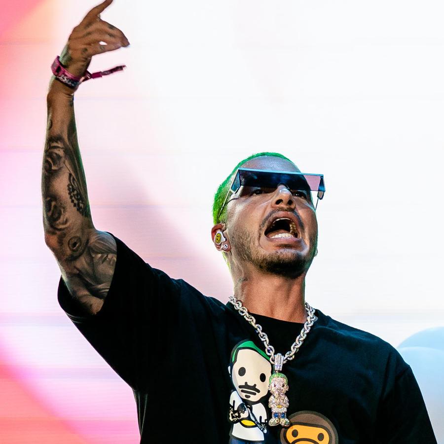 J Balvin puso en lo alto a la música latina en Lollapalooza 2019 |