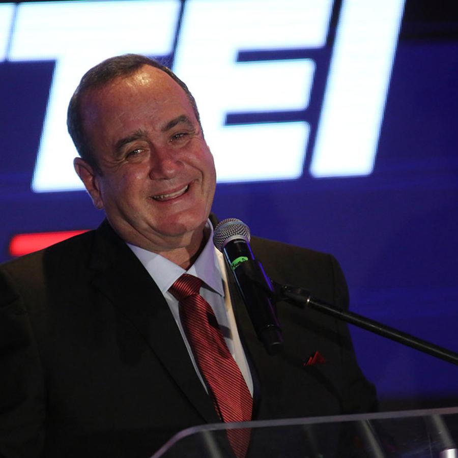 El candidato conservador Alejandro Giammattei