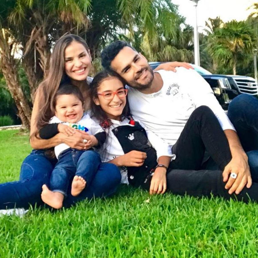 Fabián Ríos, Yuly Ferreira y sus hijos