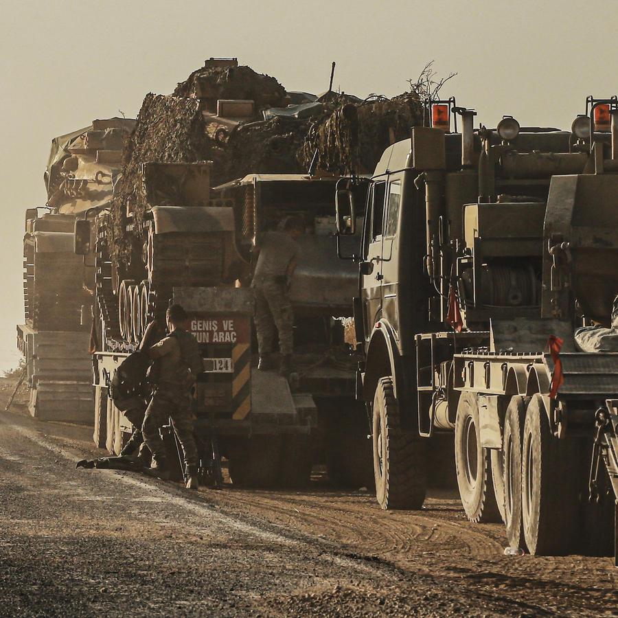 Soldados turcos cerca de la frontera con Siria el 14 de octubre de 2019.