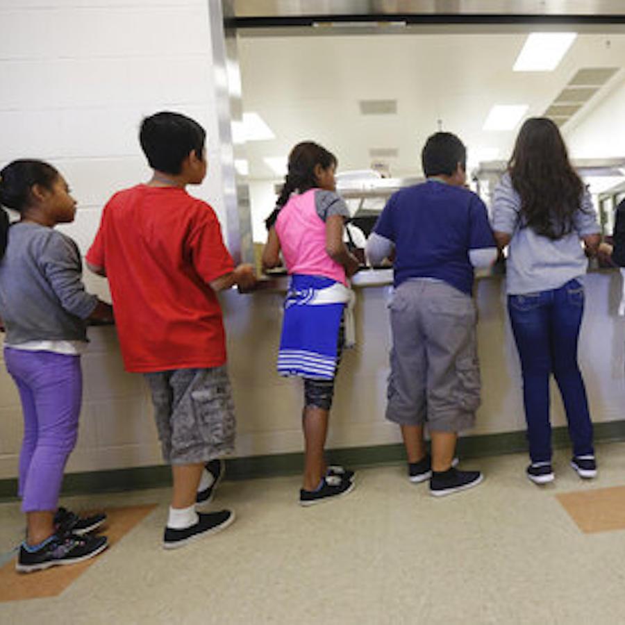 Imagen de archivo de niños en un centro de detención.