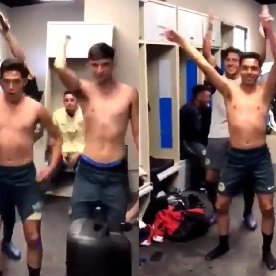 Futbolistas del América Sub-17 en el vestuario.