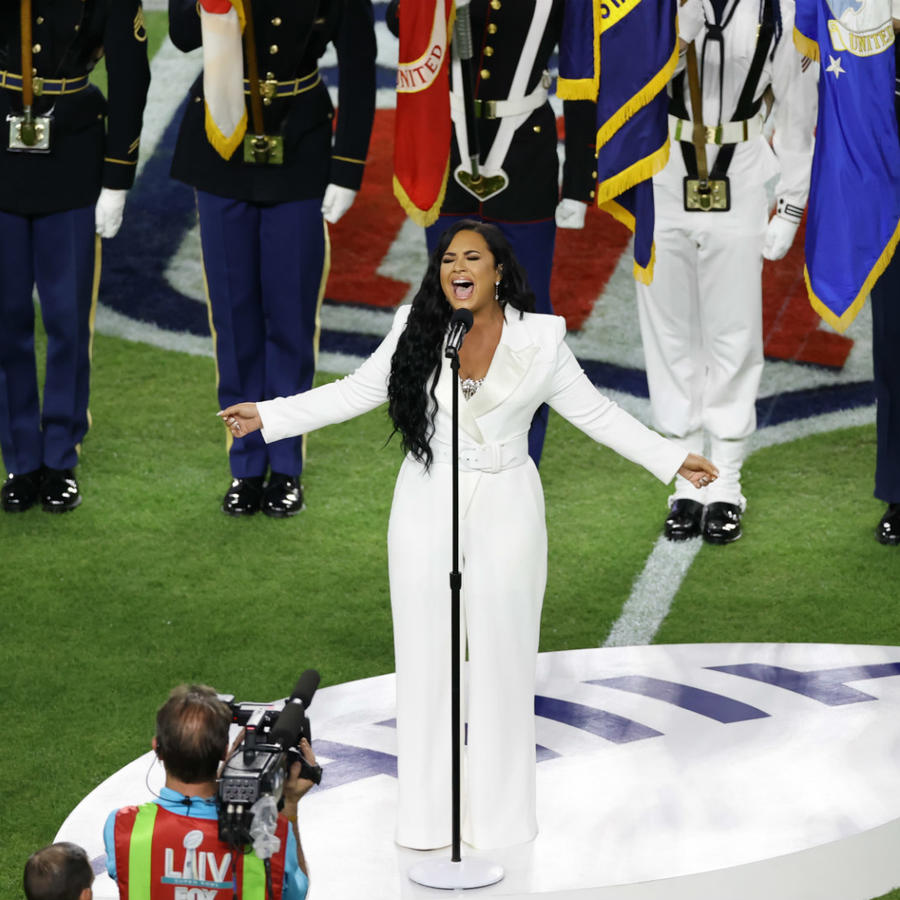 Demi Lovato sang the national anthem at the Super Bowl 2020