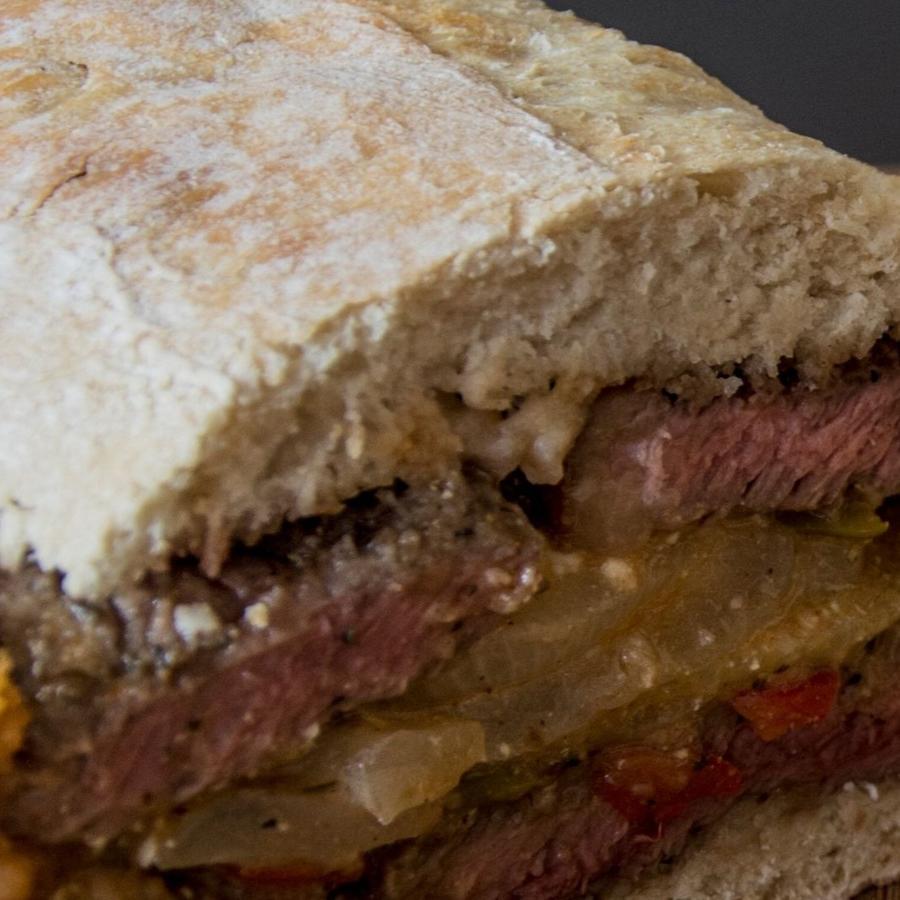 Sándwich de bistec
