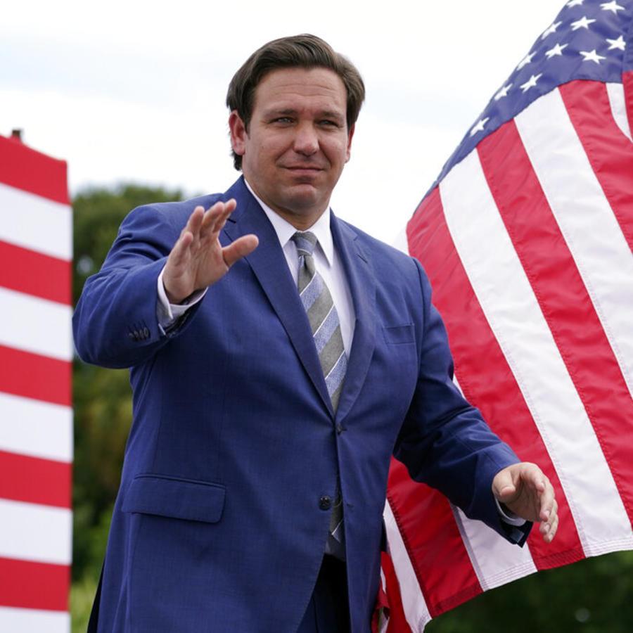 El gobernador Ron DeSantis
