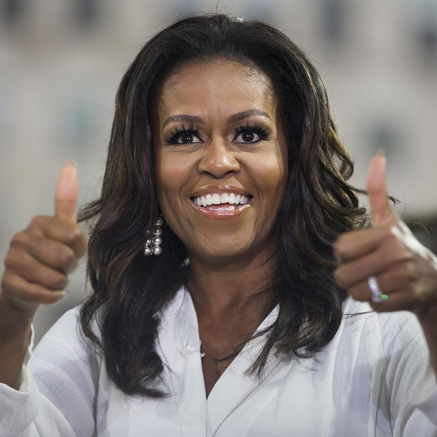 Michelle Obama pulgares arriba
