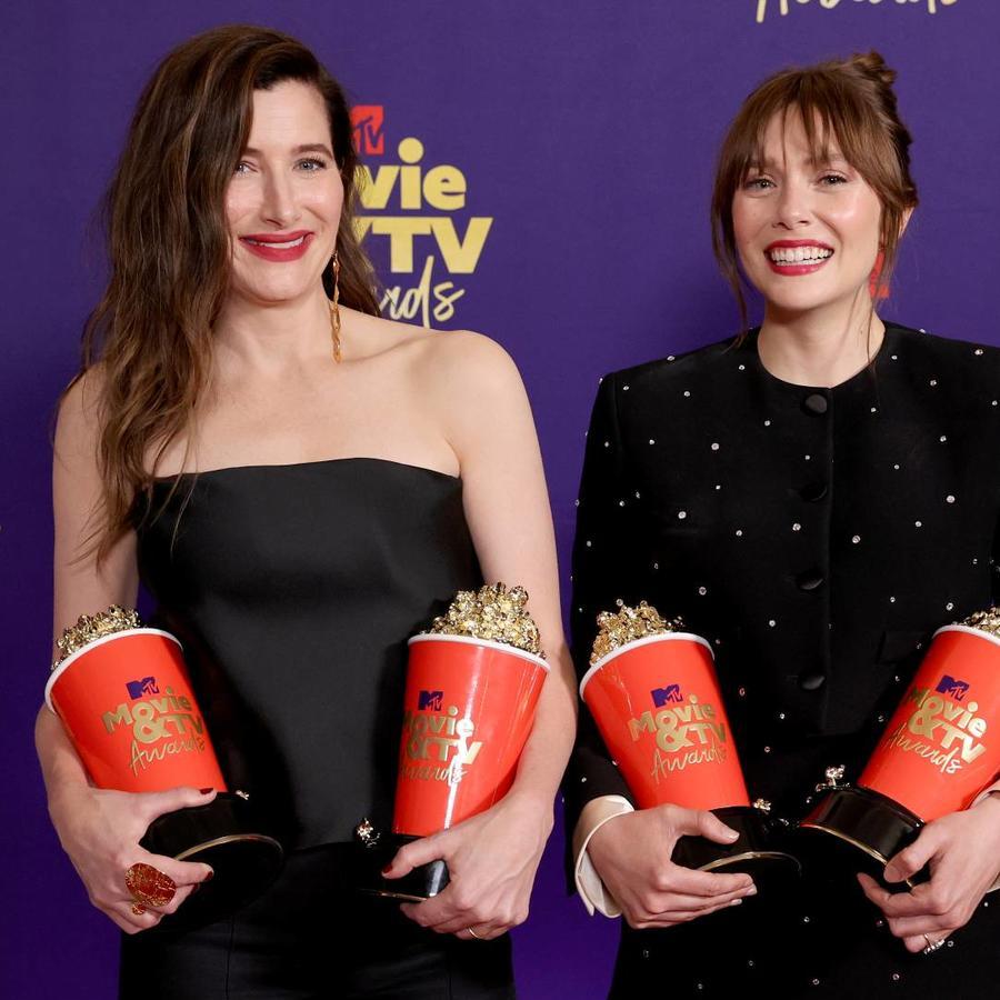 Kathryn Hahn y Elizabeth Olsen, ganadoras en los MTV Movie & TV Awards 2021
