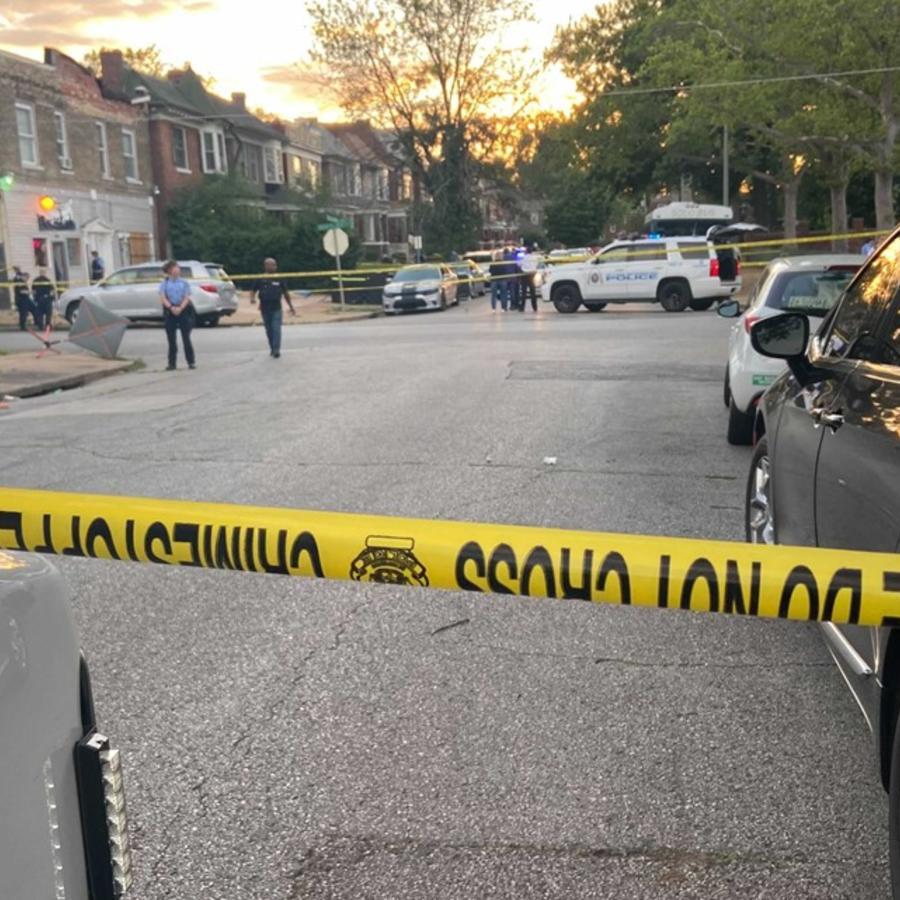 La escena de un tiroteo en St. Louis, Missouri