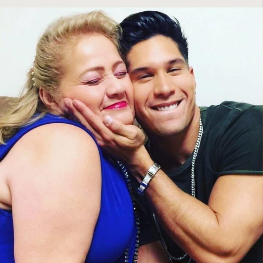 Chyino Miranda y su mamá Alcira Pérez