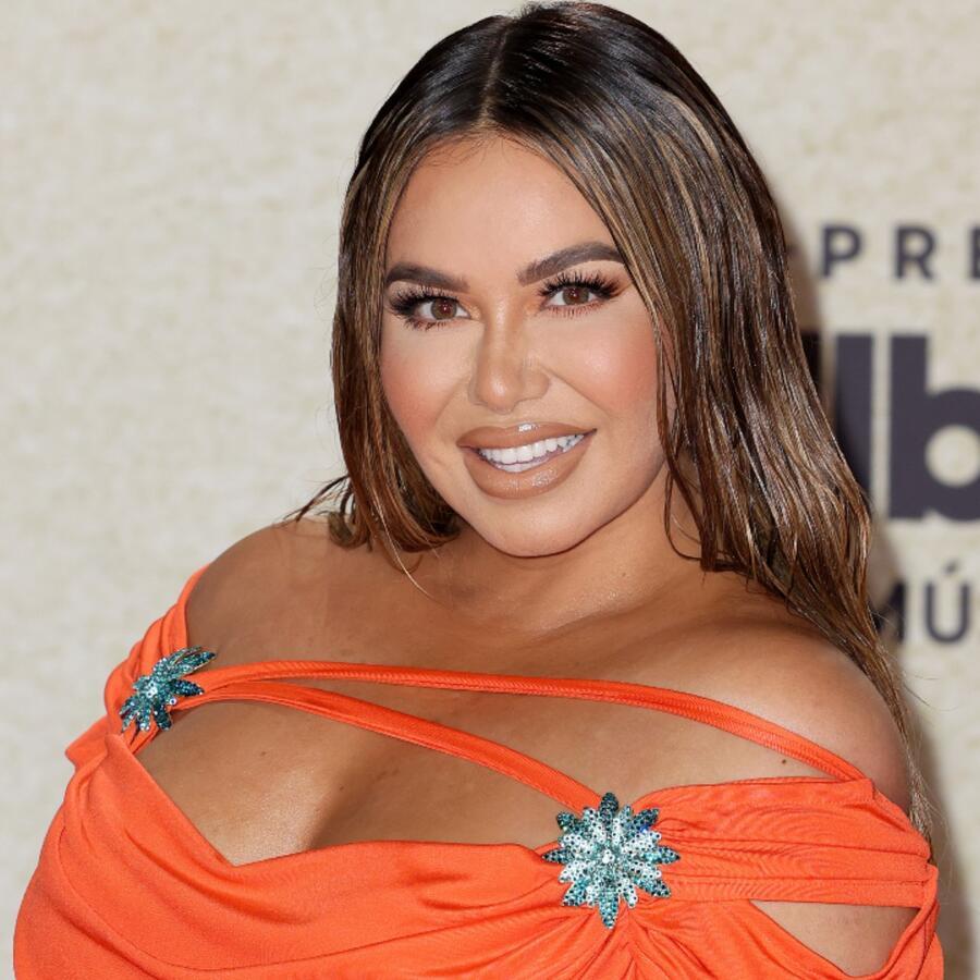 Chiquis Rivera en la alfombra roja de los premios Billboard 2021