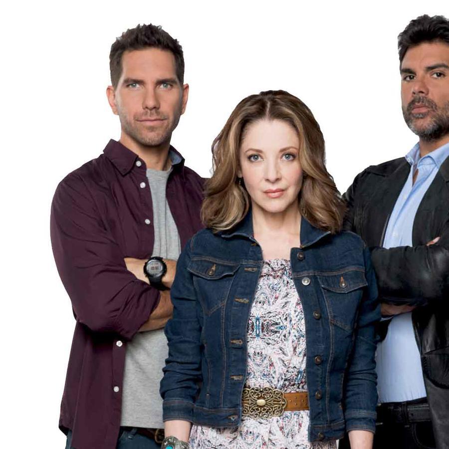Edith Gonzalez, Jorge Luis Pila y Arap Bethke juntos en Eva La Trailera