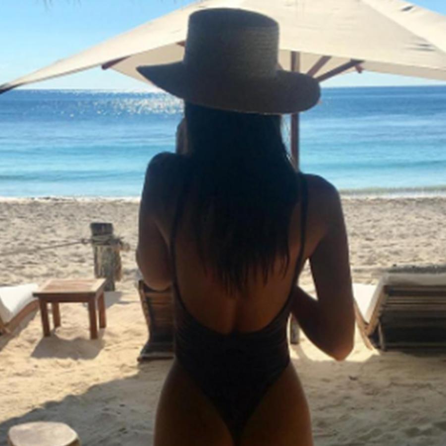 Emily Ratajkowski compartió esta foto de su trasero en su cuenta oficial de Instagram.